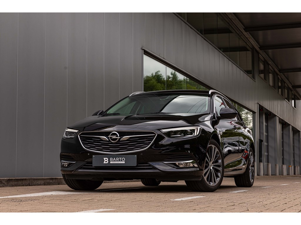 Tweedehands te koop: Opel Insignia Zwart - 16 DBreakInnovationLederLEDMatrixOfflaneAutoAirco