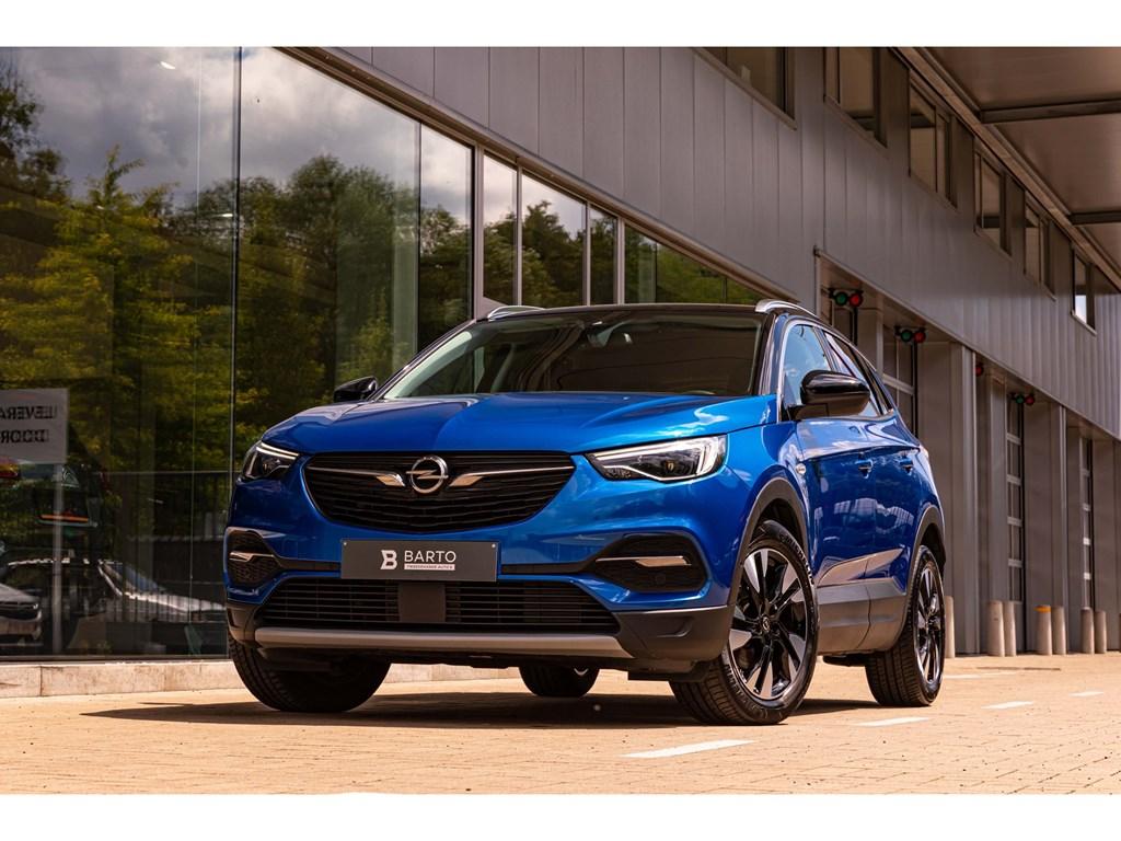 Tweedehands te koop: Opel Grandland X Blauw - 16T 180PKInnovLederCameraLEDElektr KofferDodehoek