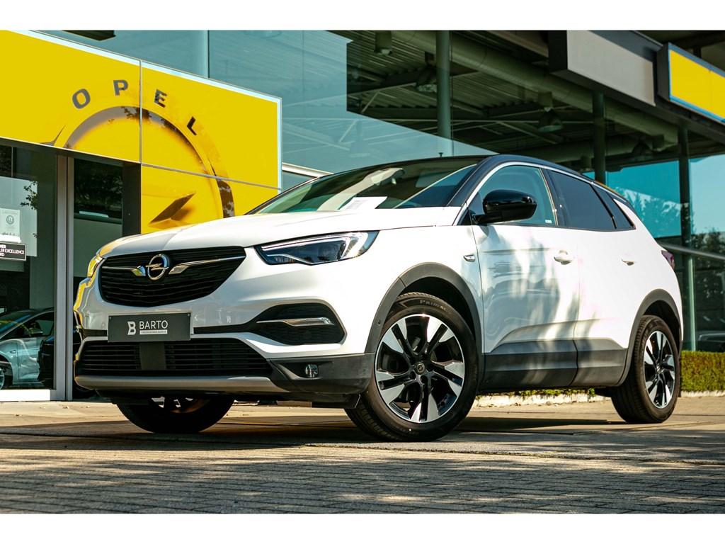 Tweedehands te koop: Opel Grandland X Wit - Innovation 12 Turbo 130pk LED Black Roof Navi Donker Glas
