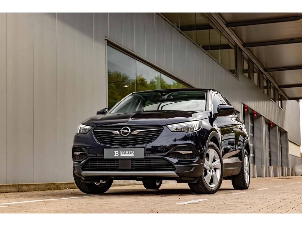 Tweedehands te koop: Opel Grandland X Purper - 12benzVolledig LederCameraDodehoekNaviAuto Airco