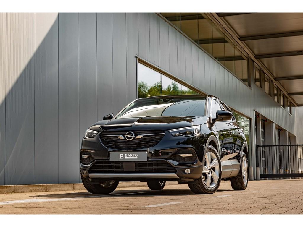 Tweedehands te koop: Opel Grandland X Zwart - 16Benz 180PK AT8Pano DakElektr KofferLEDDodehoek
