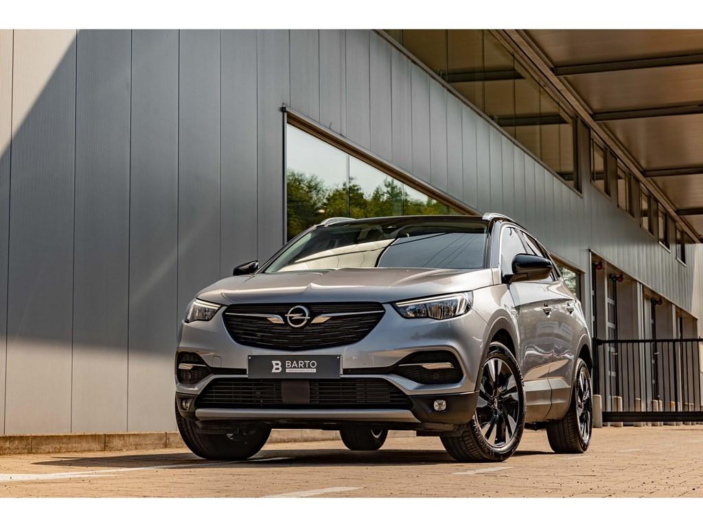Tweedehands te koop: Opel Grandland X Grijs - 15D AutomInnovationCameraAuto InparkerenDodehoeksensOfflane