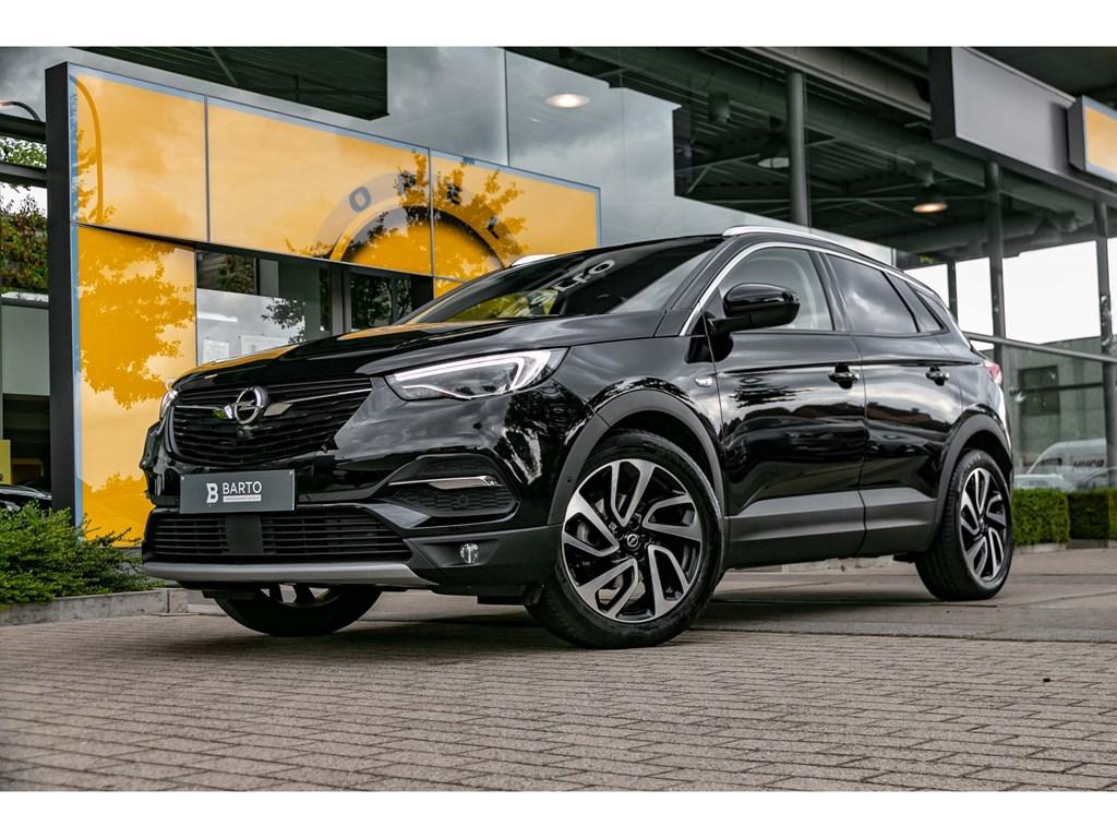 Opel-Grandland-X-Zwart-12-TurboInnovationLEDVerwarmde-Zetels360-CameraTrekhaak19BiColor