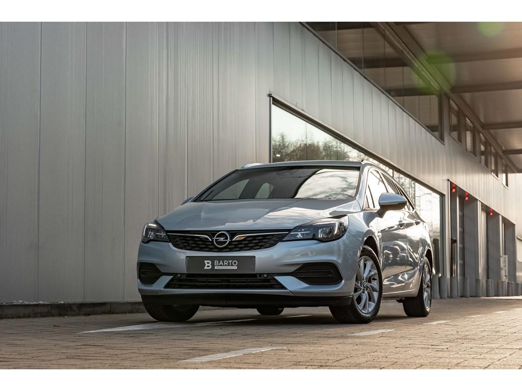 Tweedehands te koop: Opel Astra Zilver - 15d 122pk AT9Volledig LederGrote NaviLEDCameraDodeHoeksens