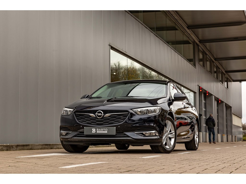 Tweedehands te koop: Opel Insignia Blauw - 15 TurboNaviAuto AircoOfflaneAuto LichtenRegensens