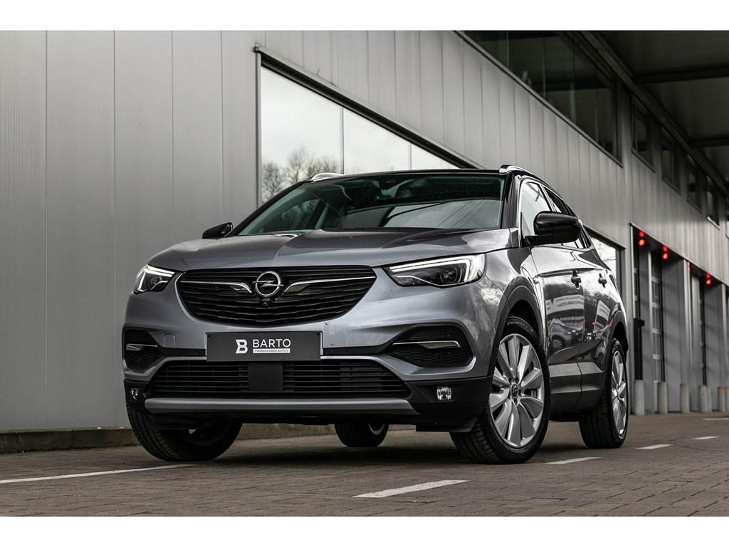 Tweedehands te koop: Opel Grandland X Grijs - UltimateLED360CamZetelverwKeyless