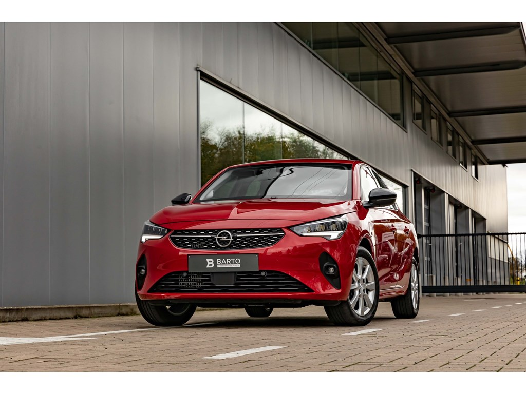 Tweedehands te koop: Opel Corsa Rood - 12T 100pkEleganceCameraDigitaal DashboardParkeersens vaDodehoekAuto Airco