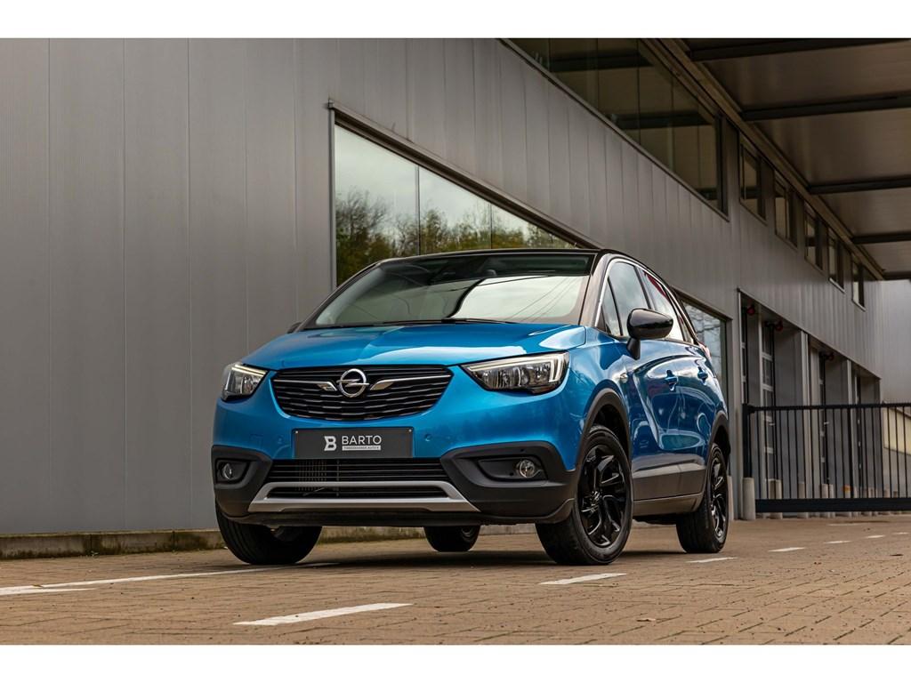 Tweedehands te koop: Opel Crossland X Blauw - 12Turbo 130pkCameraDodehoeksensAuto AircoBlack editionKeyless entrystart