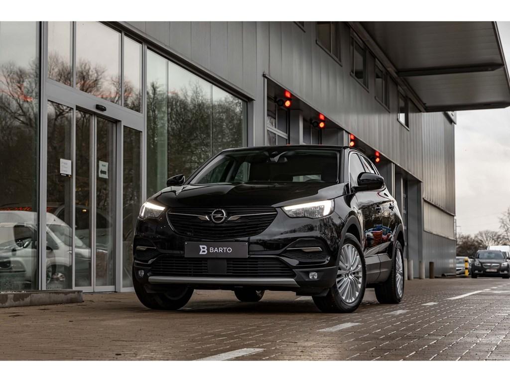 Tweedehands te koop: Opel Grandland X Zwart - 15D 130pk ATInnovationCameraDodehoekOfflane