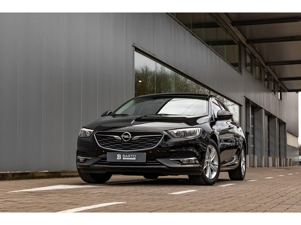 Tweedehands te koop: Opel Insignia Zwart - 15TurboInnovationLederDigit DashboardOfflaneAuto Airco