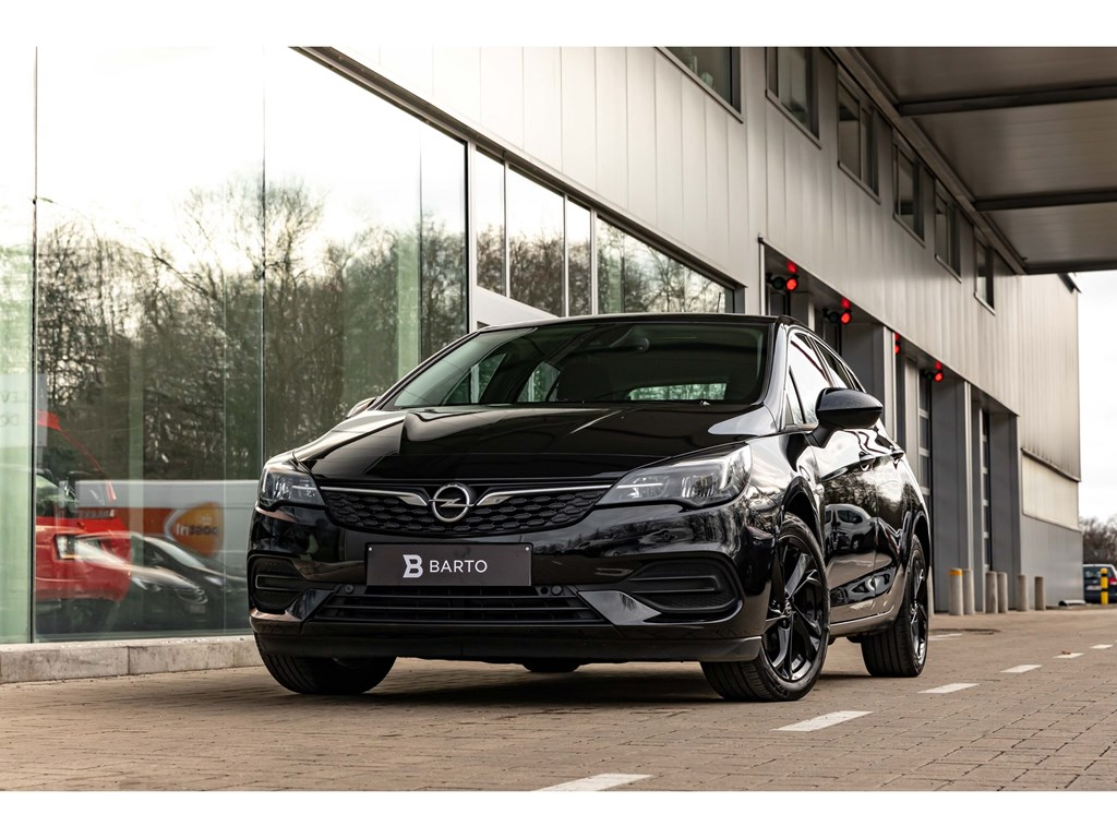 Tweedehands te koop: Opel Astra Zwart - 14 Turbo ATInnovationBlack gloss Alu VelgCameraOfflane