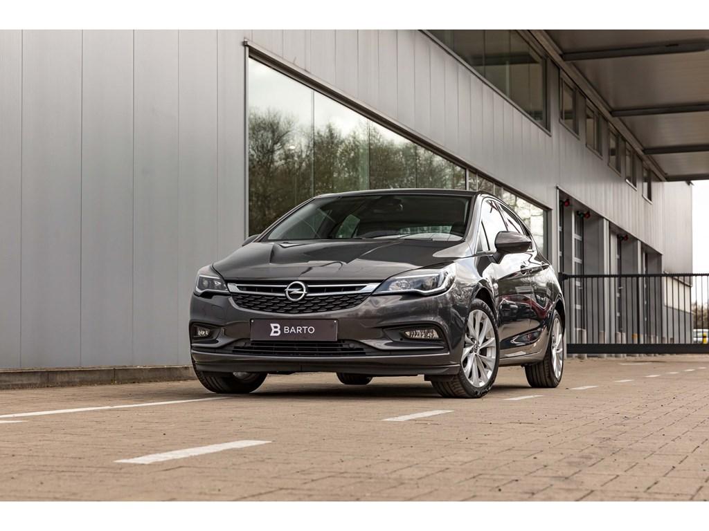 Tweedehands te koop: Opel Astra Grijs - 16CdtiInnovationCameraDodehoeksensOfflaneAuto Airco