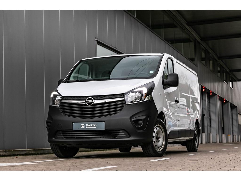 Tweedehands te koop: Opel Vivaro Wit - L2H1 - 16d 120pk - Trekhaak - Airco - Navigatie - Reservewiel